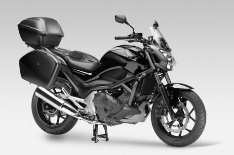 2012-Honda-NS700S-04