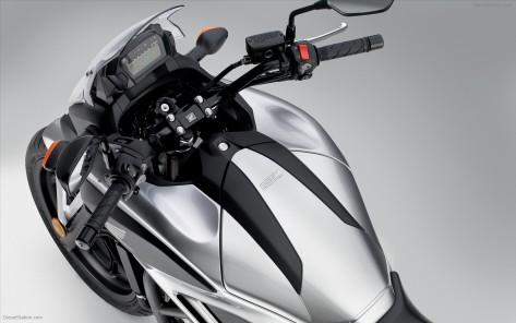 Honda NC700S_4