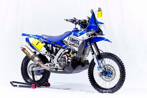 Cyril-Despres-Yamaha-YZ450F-Rally-studio-02