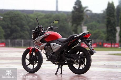 New Honda Megapro FI 2014_1