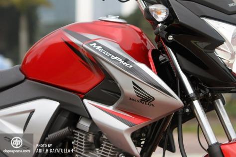 New Honda Megapro FI 2014_12