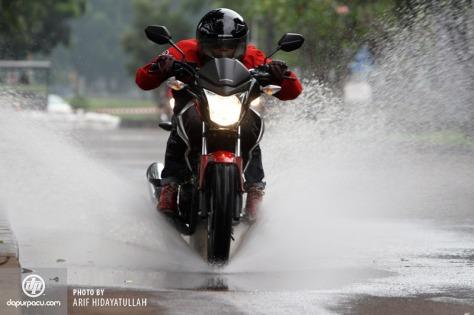 New Honda Megapro FI 2014_18